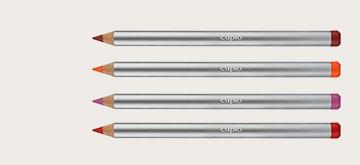 Creion contur buze