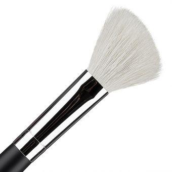 Pensula pentru blush Cupio 302