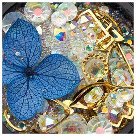 Ornamente mix cristale, perlute si floare albastra