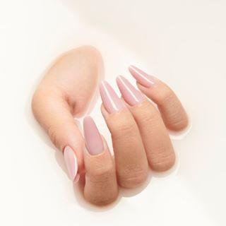 ⭐️⭐️⭐️Slim nails on point ⭐️⭐️⭐️ • ✨Nail artist: @aurabakosnails ✨Photographer: @vlad.cindea • #CupioNails #nailstagram #nailsofinstagram #instanails #slimnails #nailart #naillove #nailaddict #Cupio #CupioFlexiSlim