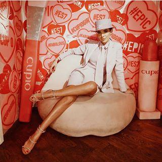 Pink Sunday with our lovely #CupioAmbassador @adelina.pestritu ???? • #Cupio #WishForBeauty #CupioMakeup #pinkmood #CupioLips #CupioBrushes #epicsociety #instadaily